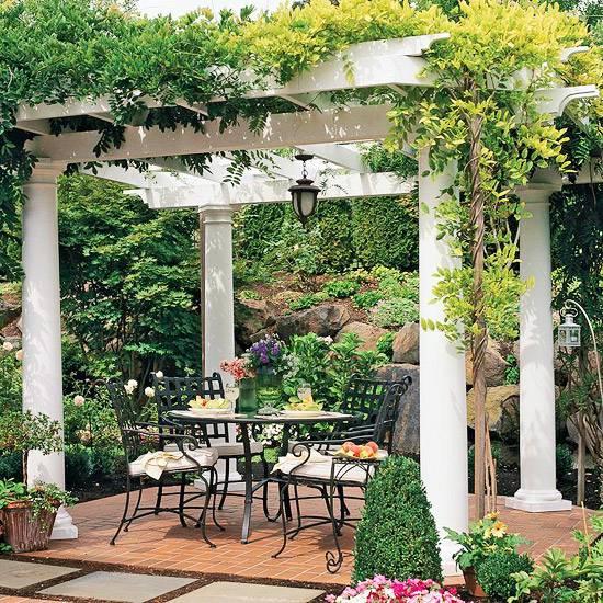 Dr mmen om en vit vacker pergola lifestyle and interior by sessanlifestyle and interior by sessan - Gartengestaltung pergola ...